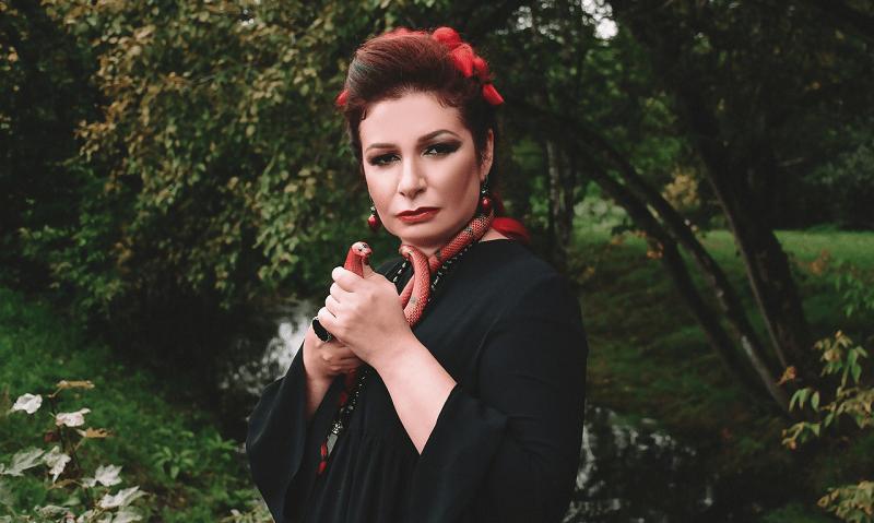 Алена Полынь легендарная ведьма